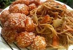 Kínai omlós szezámmagos csirke, zöldséges pirított tésztával Indian Food Recipes, Asian Recipes, Healthy Recipes, Ethnic Recipes, Healthy Life, Healthy Eating, Winter Food, Chinese Food, Food Videos