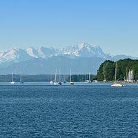 Beautiful view over lake Starnberg in Upper Bavaria / Blick über den Starnberger See in Oberbayern