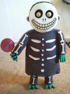 DIY Nightmare Before Christmas Halloween Props - this blogger offers tutorials on many Nightmare Before Christmas ideas.  Very cool!