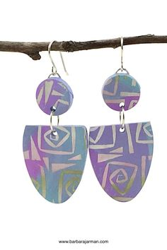 "Earrings by Barbara Jarman using Helen Breil Design silkscreen ""Tangled up"" Ceramic Jewelry, Ceramic Clay, Polymer Clay Art, Polymer Clay Earrings, Clay Texture, Paper Earrings, Sculpture Clay, Diy Jewelry Making, Clay Beads"