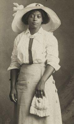 1910~HER NAME WAS MAMIE ELDERS~DRESSED TO THE NINES~RPPC~BLACK AMERICANA