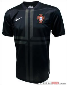 Nike Portugal Away Jersey >> Free Shipping >> 2013 Portugal Jerseys #portugal #cr7
