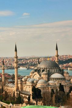 Istanbul,Suleiman Mosque, Golden Horn. An amazing place to add on to your travel bucket list.