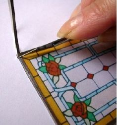 How to: Miniature stained glass by Regina Passy-Yip (AIM magazine 23, page 32, click through to link). (V)