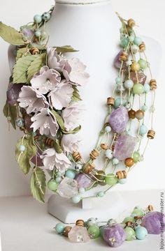Купить комплект ТИШИНА - мятный, сиреневый, голубой, нежное украшение, колье с цветами, виня