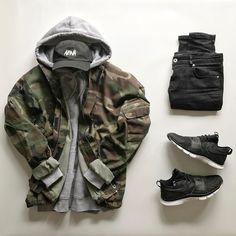 "2,382 Likes, 68 Comments - OwaishSB (@owaishsb) on Instagram: ""☠️ #Outfitgrid Outfit Grids  By : Dennis Todisco  _______________________________  Cap : Okan Boyraz…"""