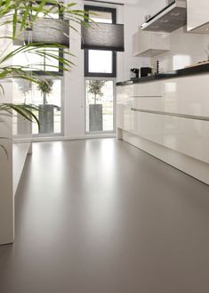 70 Smooth Concrete Floor Ideas for Interior Home Epoxy Resin Flooring, Painted Concrete Floors, Epoxy Floor, Stained Concrete, Cement Floors, Basement Flooring, Kitchen Flooring, Modern Flooring, Flooring Ideas