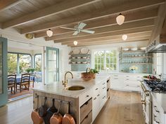 House of Turquoise: Dearborn Builders & Tory Haynes Interiors