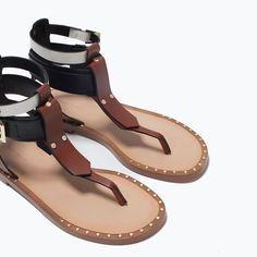 Image 5 of COMBINED FLAT SANDALS from Zara