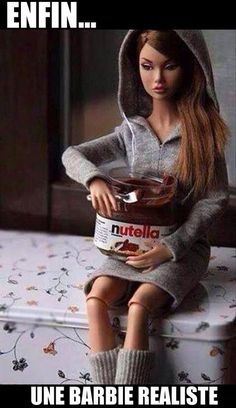Funny pictures about The Realistic Barbie. Oh, and cool pics about The Realistic Barbie. Also, The Realistic Barbie photos. Haha Funny, Funny Cute, Funny Stuff, Funny Humor, Hilarious Memes, Pms Humor, Smart Humor, Funny Man, Weed Humor