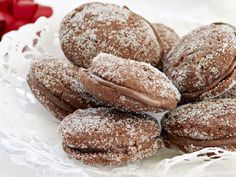 Suklaiset lusikkaleivät - Reseptit Sweet Cookies, No Bake Cookies, Baking Cookies, Baking Recipes, Cookie Recipes, Dessert Recipes, Finnish Recipes, Just Eat It, Recipes From Heaven