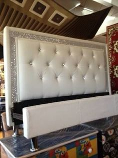 White leather tufted diamond headboard to match master bedroom quilt set Bling Bedroom, Dream Bedroom, Bedroom Decor, Bedroom Ideas, Wall Decor, Master Bedroom, White Wall Bedroom, Bedroom Black, Black Headboard