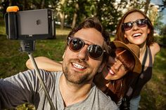 Check out our top 3 selfie sticks to help you make a perfect selfie!