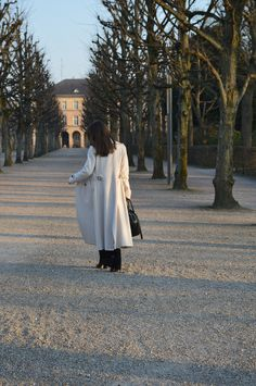 Outfit of the day at lovely Karlsruhe Palace | Look do Dia - Inverno 2014 em Karlsruhe na Alemanha #winter