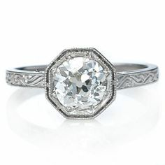 ermagerd.  I officially decided to add this ring to pinterest even though it's been bookmarked on my computer for 2 years. #holycrap #antique #vintage LOVE this ring.