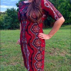 """TUESDAY SALE! Roz&Ali Red Dress Beautiful dress worn once to a Christmas party. Hits about the knee on 5'7"""". Dress Barn Dresses Midi"""