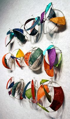 worth 1000 words: paper and wire and art Artiste Joel Armstrong – Paper Wire Art – Assemblage d'art abstrait Sculpture Lessons, Sculpture Projects, Art Sculpture, Paper Sculptures, Sculpture Ideas, Metal Sculptures, Abstract Sculpture, Bronze Sculpture, Middle School Art