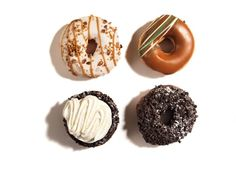 Who is wishing to munch donuts ? I am wishing for a donut! What is your favourite flavour of donuts? - mine is salted caramel! Healthy Soup Recipes, Healthy Snacks, Healthy Sweets, Eat Healthy, Bread Recipes, Sugar Free Sweets, No Sugar Diet, Chocolate Donuts, Chocolate Chips