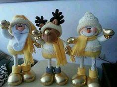 Christmas Art, Christmas Decorations, Xmas, Christmas Ornaments, Holiday Decor, Porcelain Clay, Cold Porcelain, Clay Flowers, Snowman