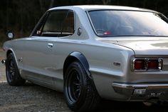 Classic Japanese Cars, Classic Cars, Retro Cars, Vintage Cars, Toyota 2000gt, National Car, Nissan Gtr Skyline, Car Racer, Old School Cars