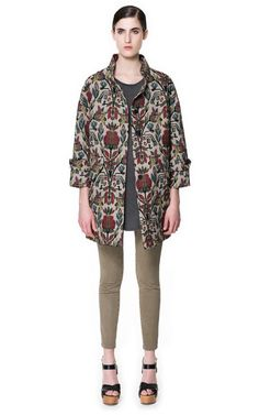 MULTICOLORED JACQUARD PATTERN COAT  > Zara