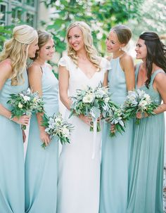 Blue bridesmaid dresses make your look fresh and original. Blue is color of the sky, so bright and so light. Find here long, short, slate dresses in light, tiffany and navy colors. Beach Wedding Reception, Seaside Wedding, Summer Wedding, Beach Ceremony, Dream Wedding, Cancun Wedding, Hair Wedding, Blue Bridesmaids, Wedding Bridesmaid Dresses