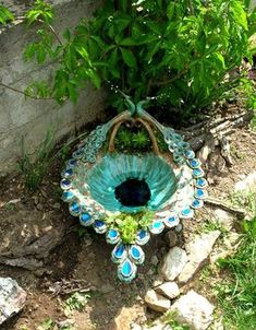 Ceramics Projects, Clay Projects, Diy Garden Fountains, Pottery Pots, Biscuit, Concrete Art, Iranian Art, Pottery Designs, Ceramic Flowers