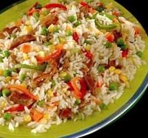 Ensalada de Arroz (Rice salad ) by Lou Side Recipes, Veggie Recipes, Mexican Food Recipes, Dinner Recipes, Healthy Recipes, Ethnic Recipes, Healthy Rice, Healthy Cooking, Cooking Recipes