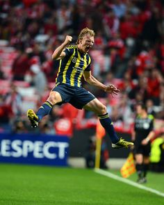 Dirk Kuyt Benfica - Fenerbahce Best Picture For Hiking hair For Your Taste You are looking for something, and it is going to tell you exactly what you are looking for, and you didn't find that picture Colorado Cabins, Road Trip To Colorado, Colorado Hiking, Hiking Hair, Instagram Story Viewers, Hiking Fashion, Sports Clubs, Champions League, Fifa