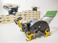 Termite-Inspired Brick Laying Robots from Harvard