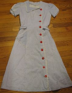 side button day dress