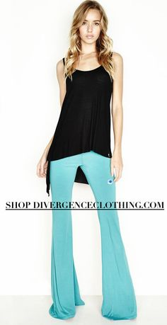 SHOP DIVERGENCE CLOTHING  #bellbottoms #michaellauren #divergenceclothing #vanessahudgensstyle #streetstyle #outfits