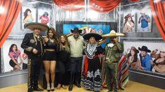 """22/NOV/2014 DIA DEL MUSICO ELENCO ARTISTICO DE EL PRGROGRAMA """"V DE VENEGAS"""" CANAL 66 TRASMITIDO EN LA CIUDAD DE MXLI PROYECTANDOSE POR TODO VALLE IMPERIAL Y SAN LUIS RIO COLORADO EN USA Y MEXICO"""