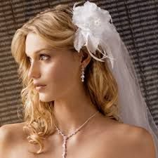 Hairstyles, Wedding Veils With Long Hair Down: Hairstyles with veil Wedding Hair Half, Wedding Hair Flowers, Wedding Hairstyles For Long Hair, Loose Hairstyles, Wedding Hair And Makeup, Wedding Veils, Latest Hairstyles, Bride Hairstyles, Flowers In Hair