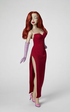 Tonner Doll Company will be releasing this Jessica Rabbit dressed doll from their Disney Showcase line. Disney Princess Dolls, Disney Dolls, Disney Princesses, Jessica Rabbit Dress, Barbie Celebrity, Barbie Collection, Princess Collection, Little Doll, Barbie World