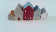 Reclaimed wooden house set of five £25.00