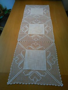 This Pin was discovered by Lola Reid Crochet Cape, Crochet Fabric, Crochet Tablecloth, Thread Crochet, Crochet Doilies, Crochet Diy, Crochet Patterns Filet, Filet Crochet, Bridal Cover Up