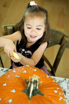 No Carve Pumpkin Decorating with Glow-In-the-Dark Paint 2021 - Entertain Your Toddler No Carve Pumpkin Decorating, Pumpkin Carving, Bubble Recipe, The Darkest, Glow, Arts And Crafts, Entertaining, Kids, Painting