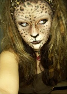 Leopard Makeup Tutorials and Tips leopard halloween makeup ideas Leopard Makeup, Leopard Face, Animal Makeup, Cat Makeup, Contour Makeup, Tiger Makeup, Leopard Halloween, Maquillaje Halloween, Theatre Makeup
