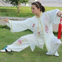 Embroidered-Tai-Chi-Clothing-Morning-Exercise-Costume-Embroidery-Elegant-Veil-Women-Kung-Fu-Performance-Clothing.jpg (790×789)