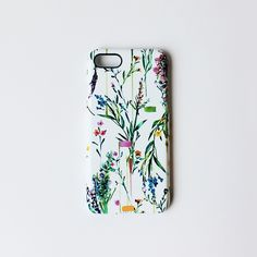 Part of our new collection, this botanical floral phone case features delicate meadow flowers and sprigs, the perfect case to get you in the mood f...