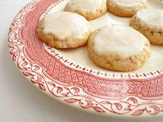 :pastry studio: Glazed Almond Lemon Cookies