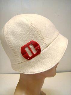 Grosgrain: Cloche Hat Tutorial