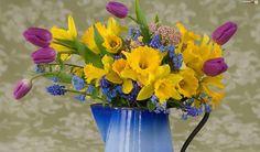 ❀ jug of flowers