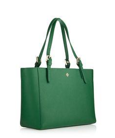 Logo Maldives blue leather shoulder bag Sale - Fendi Sale ... f139cd5397722