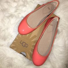 NIB Ugg Patent Leather Flats Brand new in box size 5.5 coral patent leather Ugg flats with gold Ugg emblem on each side of shoe. Perfect for spring! UGG Shoes Flats & Loafers