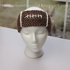 FREE Loom Knit Football themed headband pattern by This Moment is Good.This would make a great stocking stuffer for the football lover in your life! Loom Knitting Projects, Loom Knitting Patterns, Knitting Blogs, Arm Knitting, Yarn Projects, Knitting Tutorials, Hat Patterns, Stitch Patterns, Finger Knitting