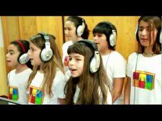 BASTANTE HAY PARA TODOS - Los Fantaschic@s - Coro de niñ@s - YouTube