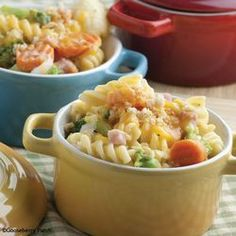 Top 5 Leftover Ham Recipes - We tried the Cheesy Ham & Vegetable Bake. I would probably use a can of cheddar cheese soup or some kind of cream soup next time to improve the texture but the flavor was good. Cookbook Recipes, Pork Recipes, Cooking Recipes, Healthy Recipes, Pasta Recipes, Recipies, Yummy Recipes, Salad Recipes, Pasta Dishes