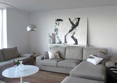 """Paraplykasterne"" (Throwing umbrellas)  painting 140x200cm"